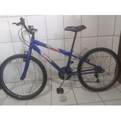 Bicicleta usada  aro 24 azul